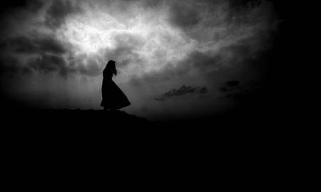 dark-darkness-girl-light-lost-Favim.com-118417