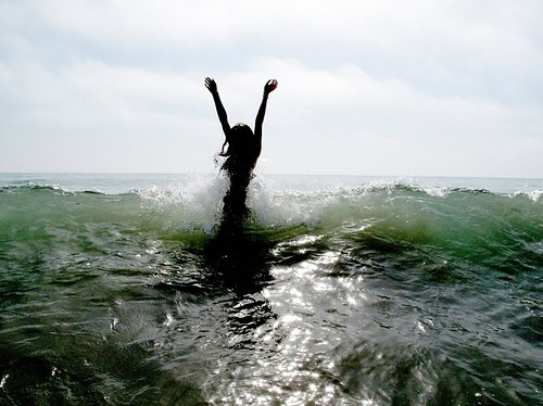 beach-freedom-girl-happy-lovely-person-Favim.com-38144